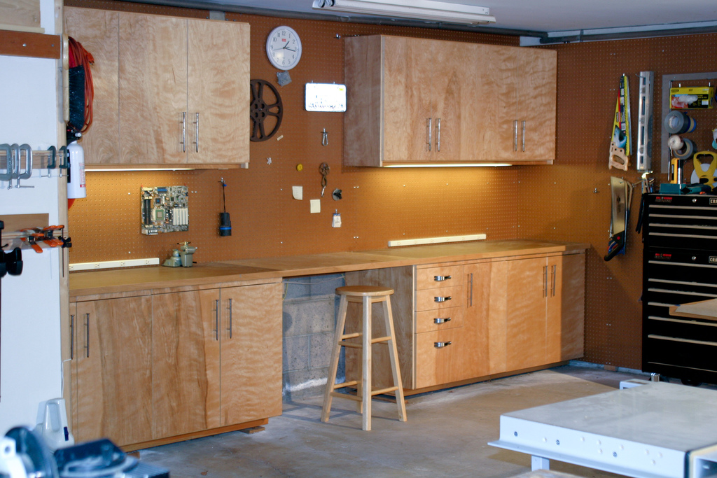 Garage Cabinets Anirama - Cabinets in garage